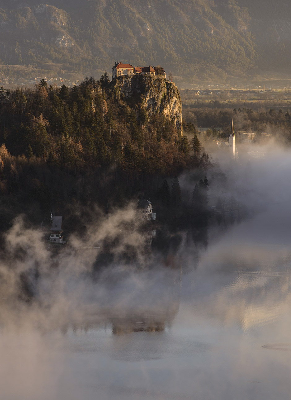 12-bled-foggy-sunrise-early-morning