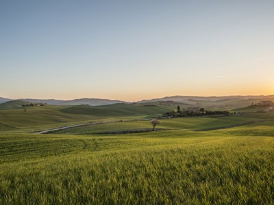 hills-of-tuscany-sunset