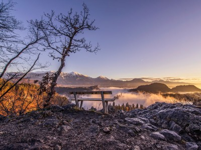 bled-sunrise-bench
