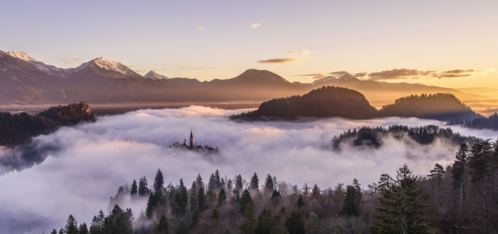 03-bled-foggy-sunrise-early-morning
