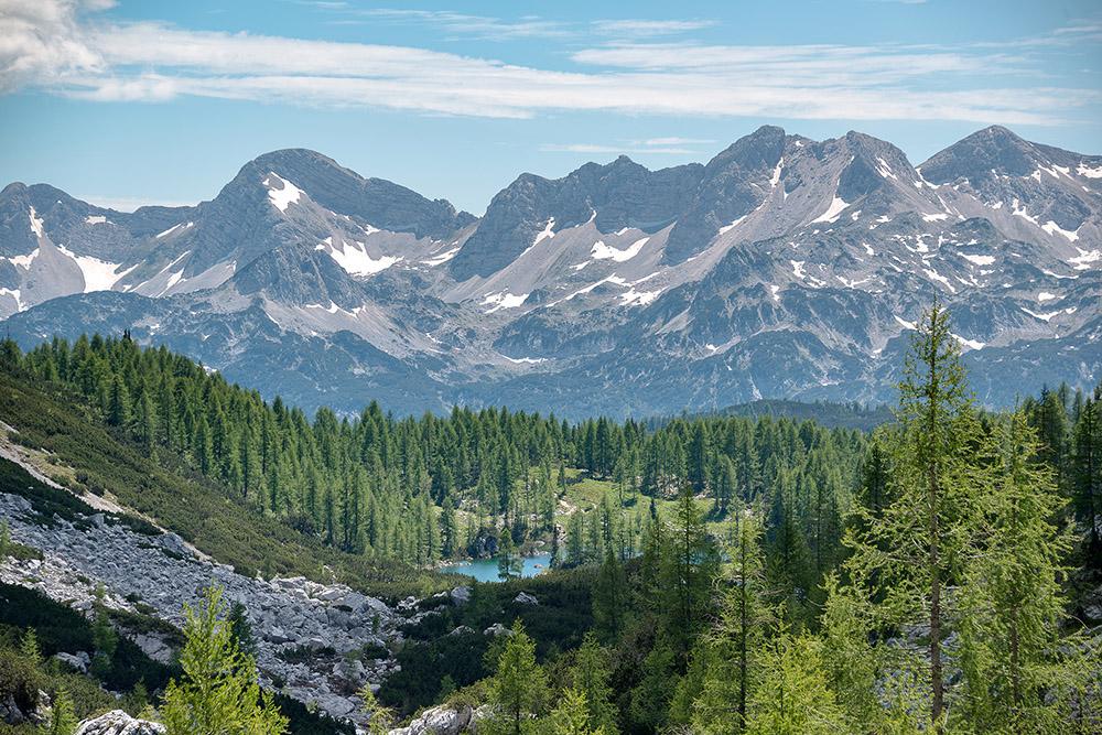 Pogled nazaj proti Dvojnemu jezeru