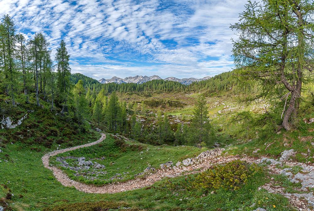 Pot proti dolini Triglavskih sedmerih jezer