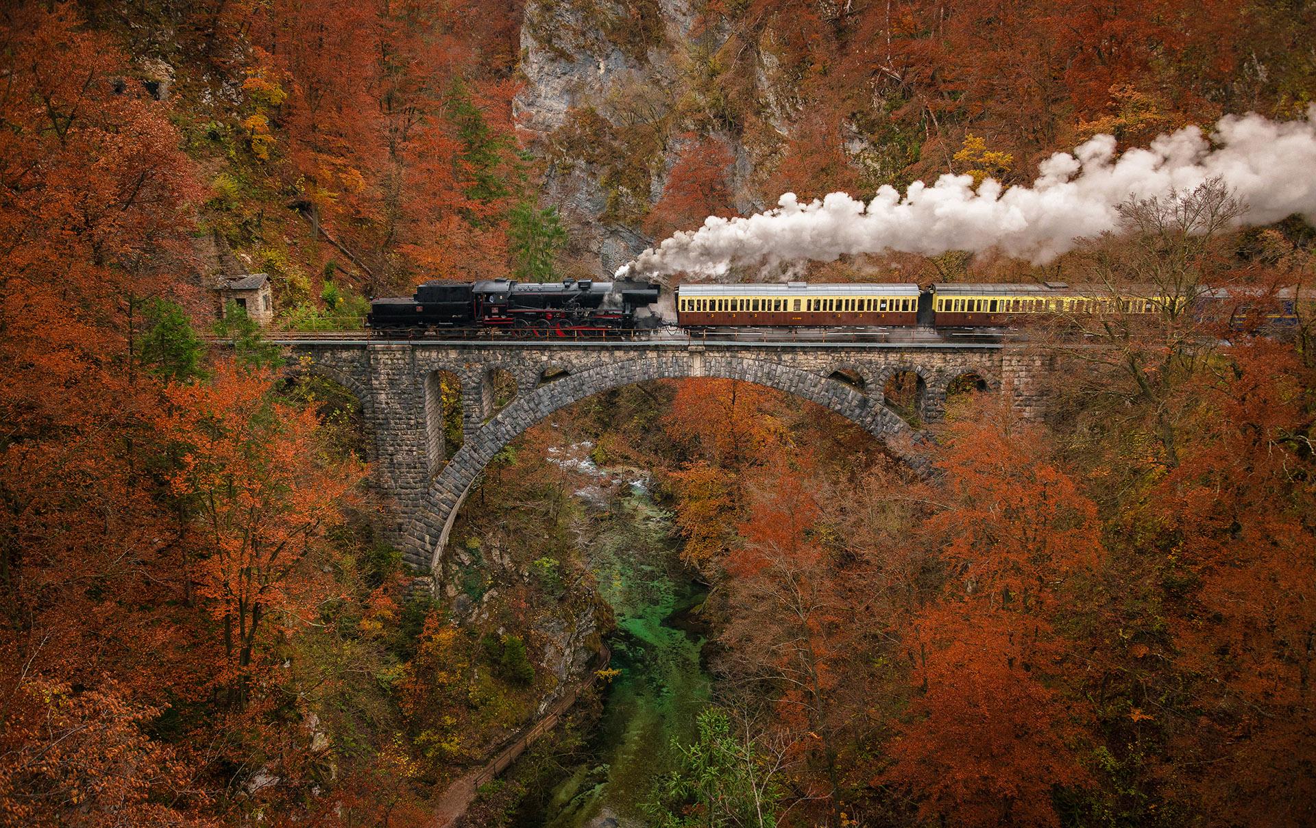 Muzejski vlak nad Sotesko Vintgar