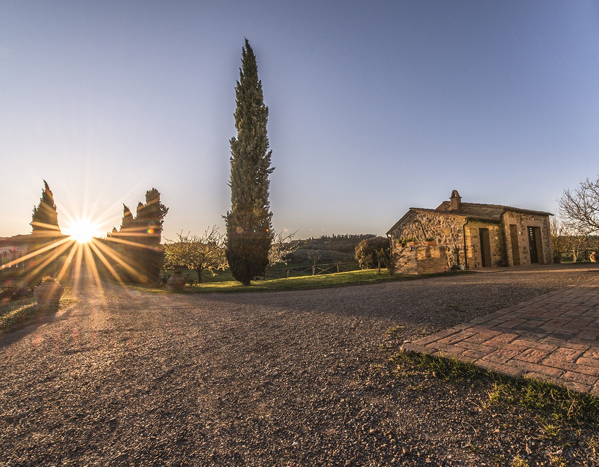03_tuscany-sunset-from-our-villa
