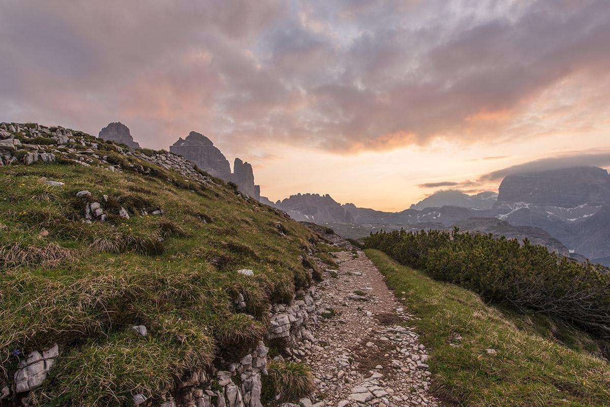 Hiking path at Tre cime di Lavaredo just before sunrise.