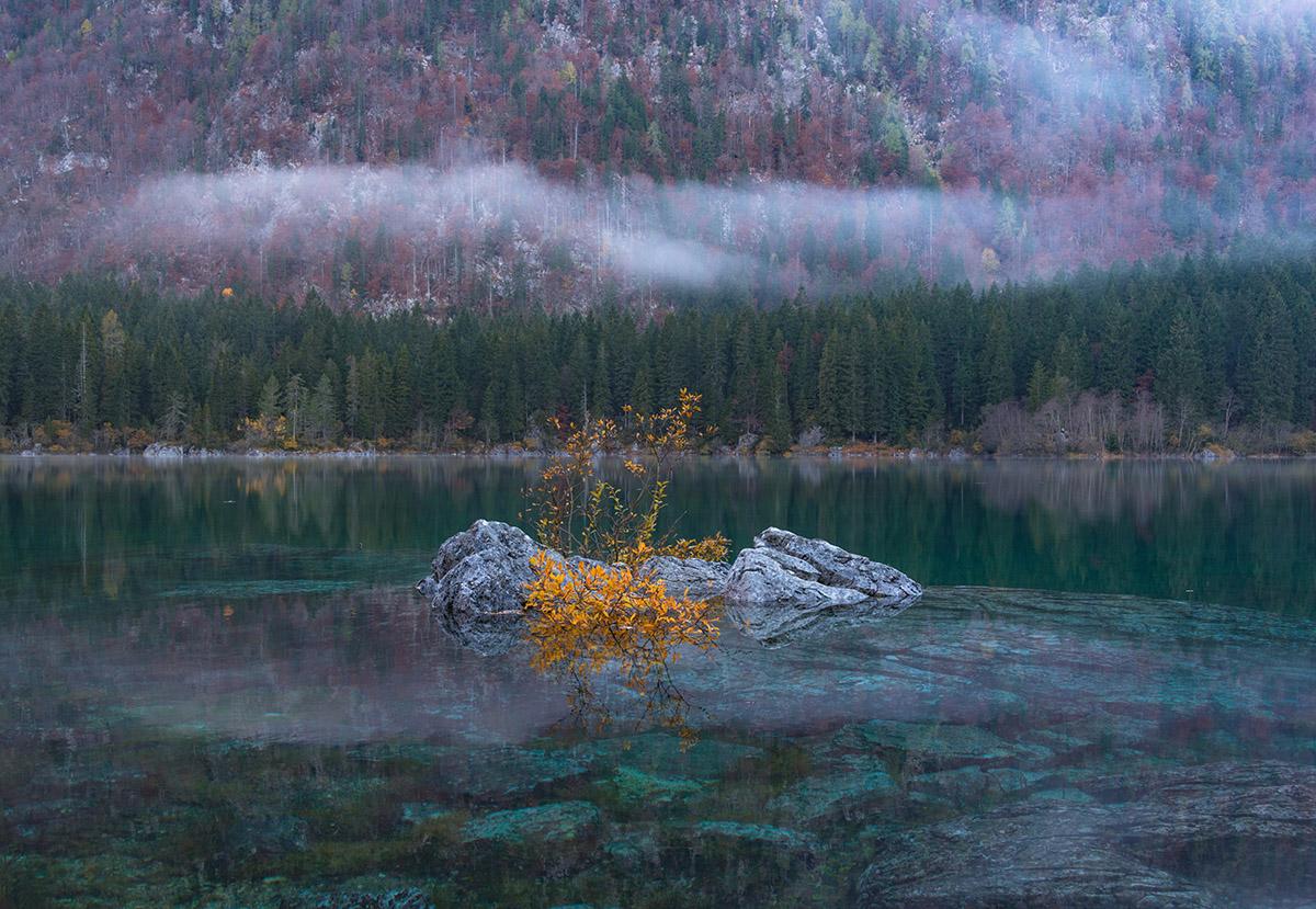 laghi-di-fusine-autumn