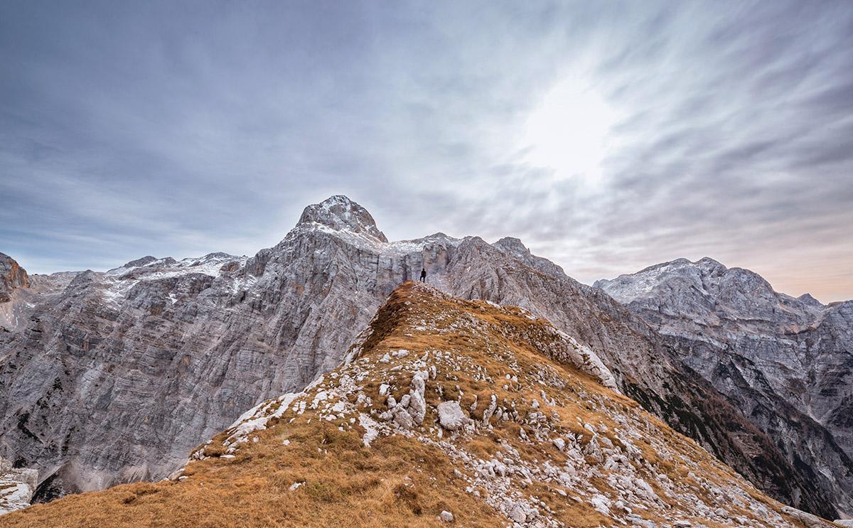 bovski-gamsovec-autumn-hiking